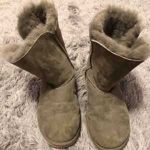 BRAND NEW UGG Hunter Green Boots!